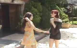 Tranny and girl outdoor fucking
