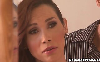 Stunning transsexuals spitroasting bloke hard